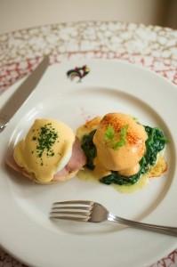 Eggs Sardou and Eggs Hussarde