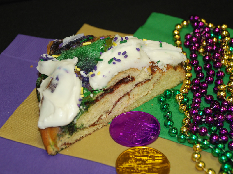 King Cake from Manny Randazzo Bakery in New Orleans https://www.randazzokingcake.com/