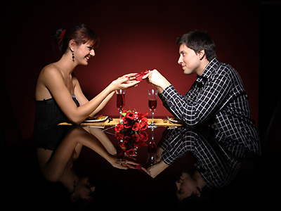 Respondents indicated that the top three factors in selecting a restaurant for Valentine's Day are positive reviews (34%), romantic ambience (27 %) and service (16%).